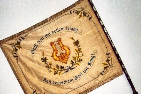 Historische Chorfahne (Vorderseite).